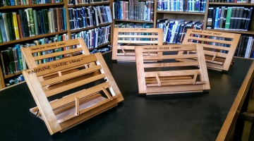 book stands 2